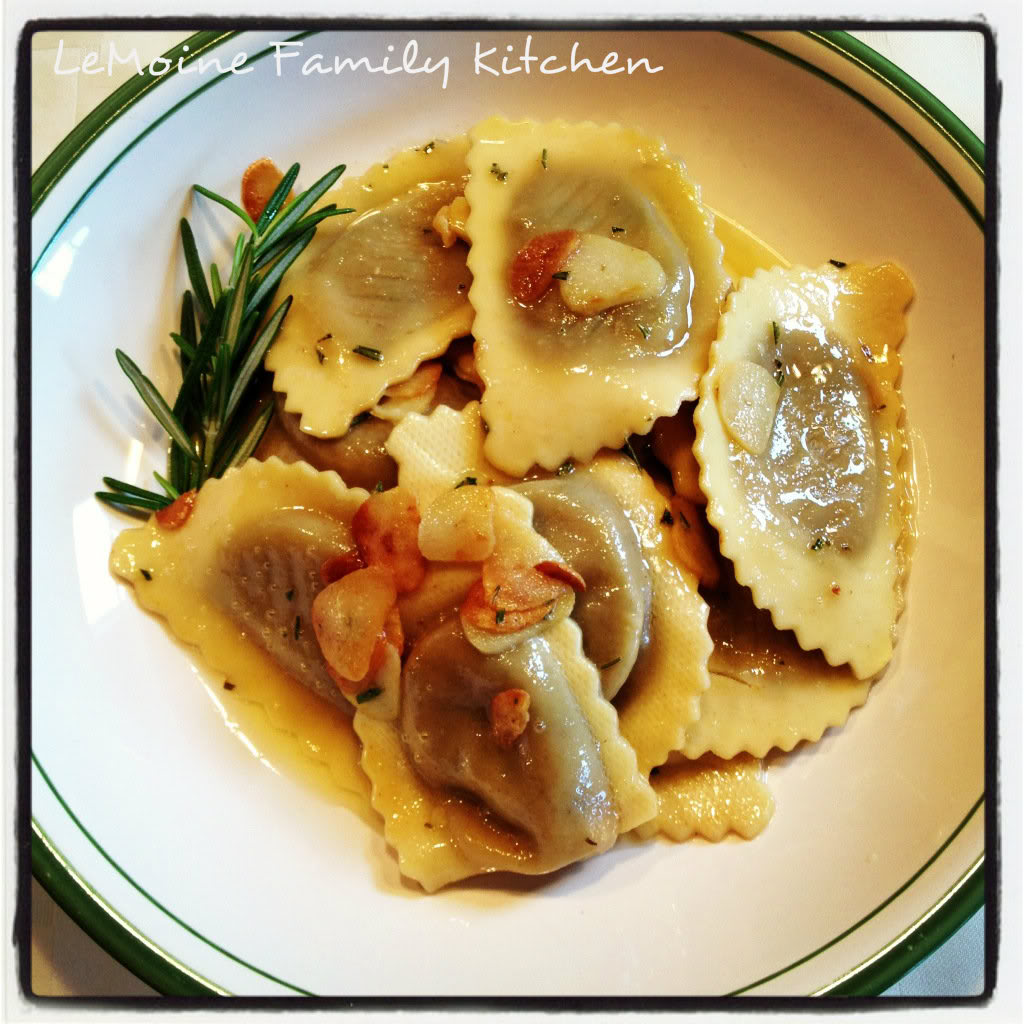 This Wild Mushroom Agnolloti in a Rosemary Garlic Butter Sauce is so crazy easy to make but absolutely delicious! Store bought ravioli with a flavored butter sauce, perfection!