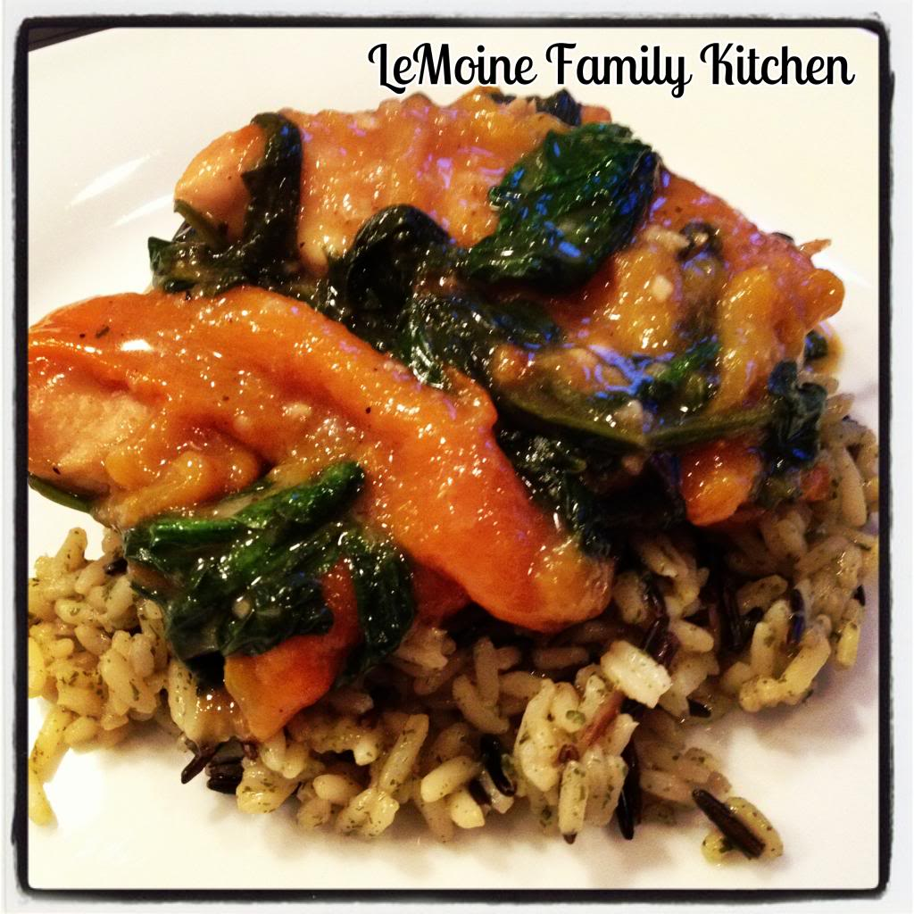 Sauteed Chicken with Spinach & Roasted Peppers | LeMoine Family Kitchen #easychickenrecipe #easydinner