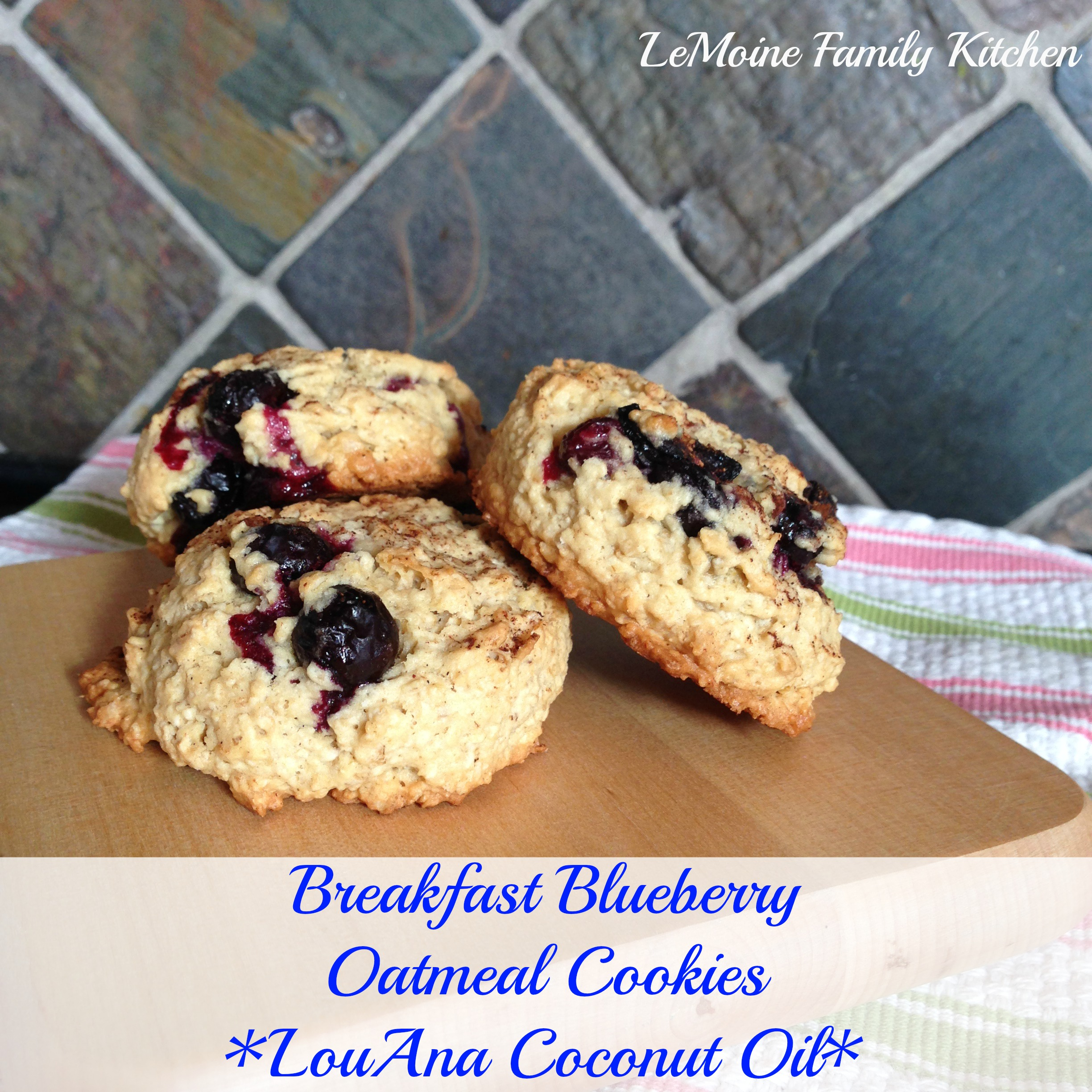 Breakfast Blueberry Oatmeal Cookies :: LouAna Coconut Oil