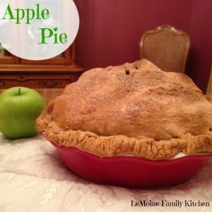 Apple Pie | LeMoine Family Kitchen #dessert #applepie #piecrust