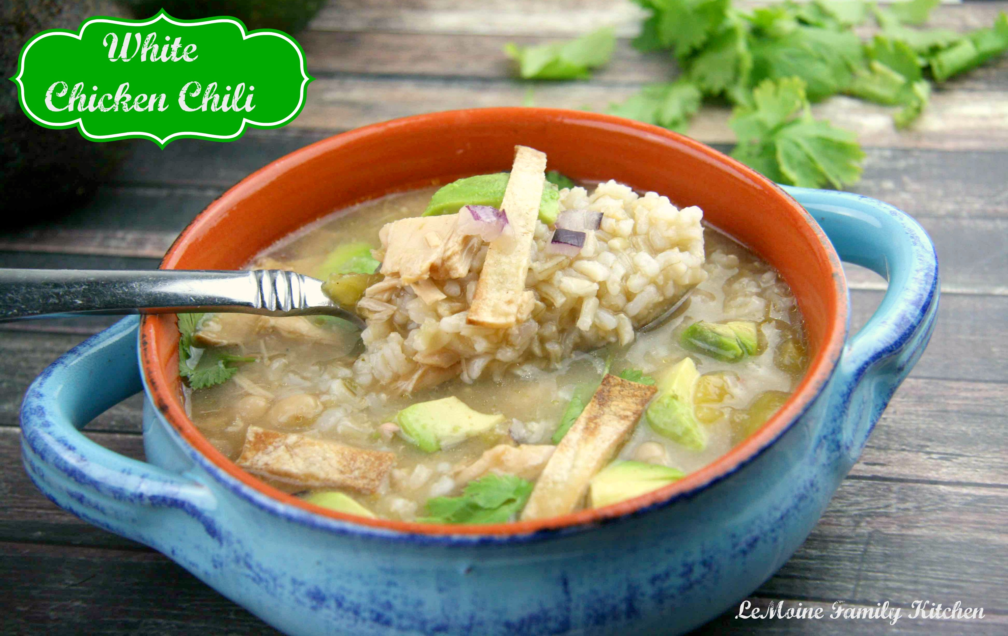 White Chicken Chili | LeMoine Family Kitchen #chili #healthy #easy #soup #chiickenchili