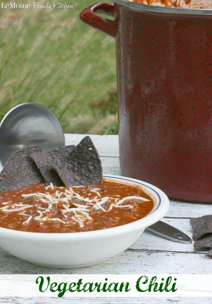 Vegetarian Chili | LeMoine Family Kitchen . Incredibly hearty, healthy, vegetarian and vegan friendly chili!