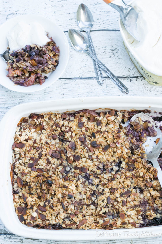 Nectarine Blueberry Crisp. I love summer fresh  fruit! In NJ its blueberry season and we are making the most of it! This is a simple and absolutely delicious dessert perfect or any summer get together. Serve warm with vanilla ice cream.