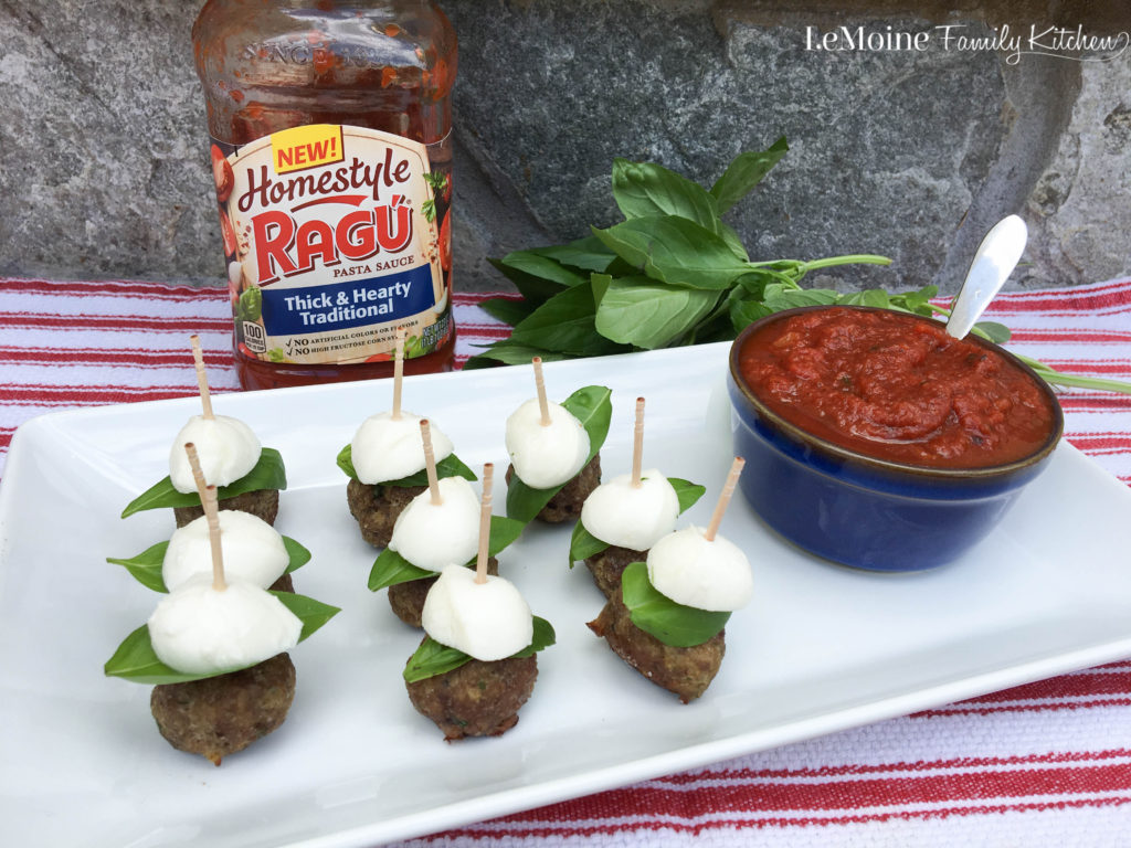 Meatball Parm Skewers. A delicious and easy party appetizer. A play on a classic Italian dish these are sure to be a hit with friends and family. #ad #ragu