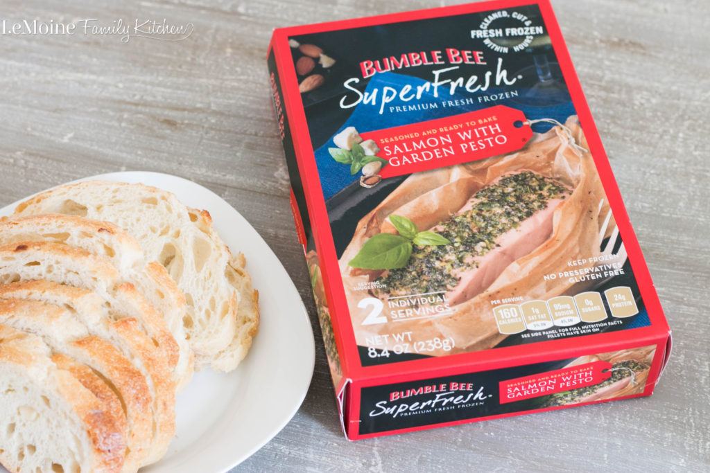 Pesto Salmon Crostini is a delicious and ultra easy appetizer thanks to Bumble Bee SuperFresh®! #BBSuperFresh #SeaFoodies #ad