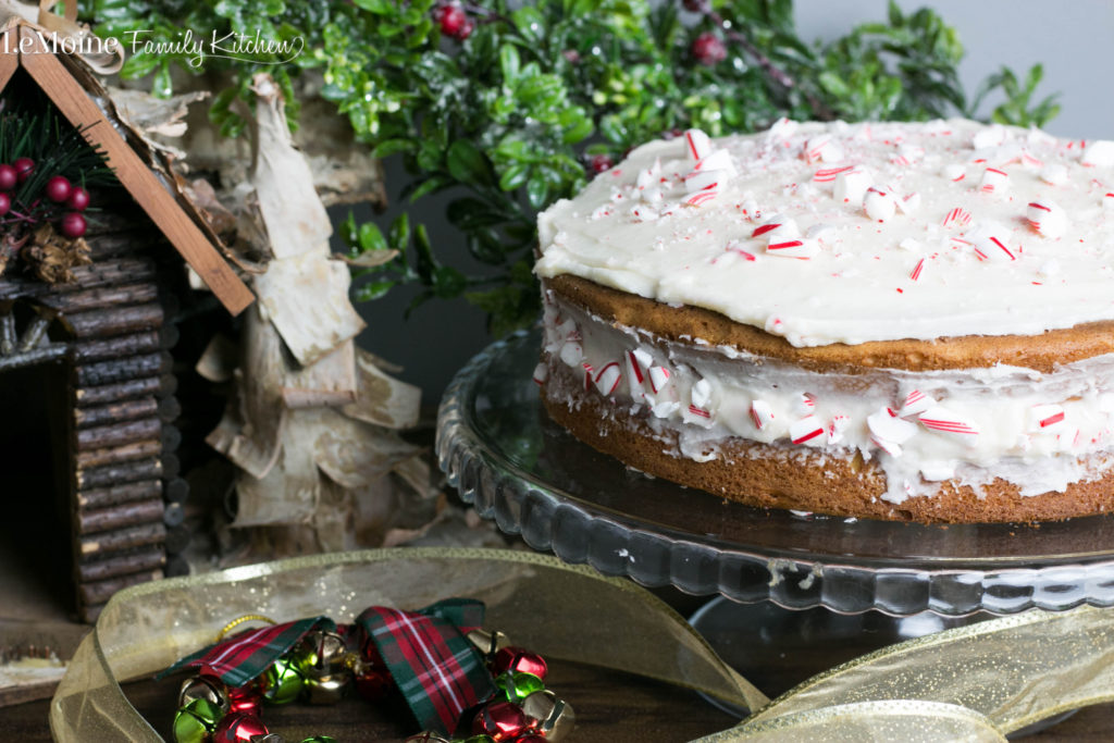 White Cake with Peppermint Buttercream. Shhhh, this is semi homemade and no one will ever know! Pillsbury Purely Simple White Cake & Buttercream with the simple addition of peppermint extract and crushed candy cane. This one will wow everyone at Christmas! [ad] #degustabox
