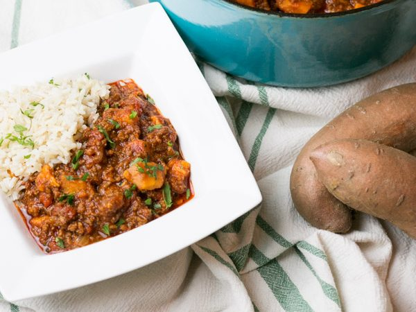 Its coming! Fall starts this weekend and I am ready for beautiful changing leaves, crisp nights, firepit in the backyard and warm and comforting meals like thisEasy Beef & Sweet Potato Chili. I love the subtle sweetness that the sweet potato brings to chili. Its so easy to throw together too! Great weeknight meal! #claytonsorganicbeef #ad