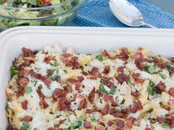 I really need to make more dishes like this one! It was so easy, its seriously tasty and my whole family LOVED it! ThisChicken & Bacon Penne Alfredo Casserole comes together so quickly and can be made a day or two ahead of time making it the PERFECT dinner for any night of the week. Plus- BACON- period.