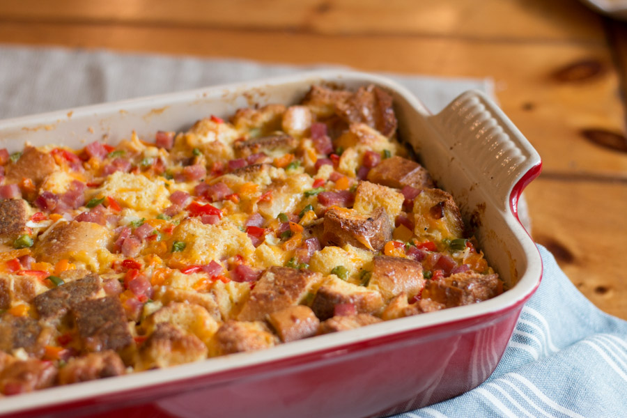 Weather you are hosting a brunch, enjoying a big family breakfast or doing breakfast for dinner this Western Omelette Strata is perfect! Its easy to throw together, can be prepped the night before and feeds a crowd.