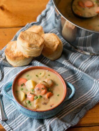 Vegetarian Pot Pie Soup