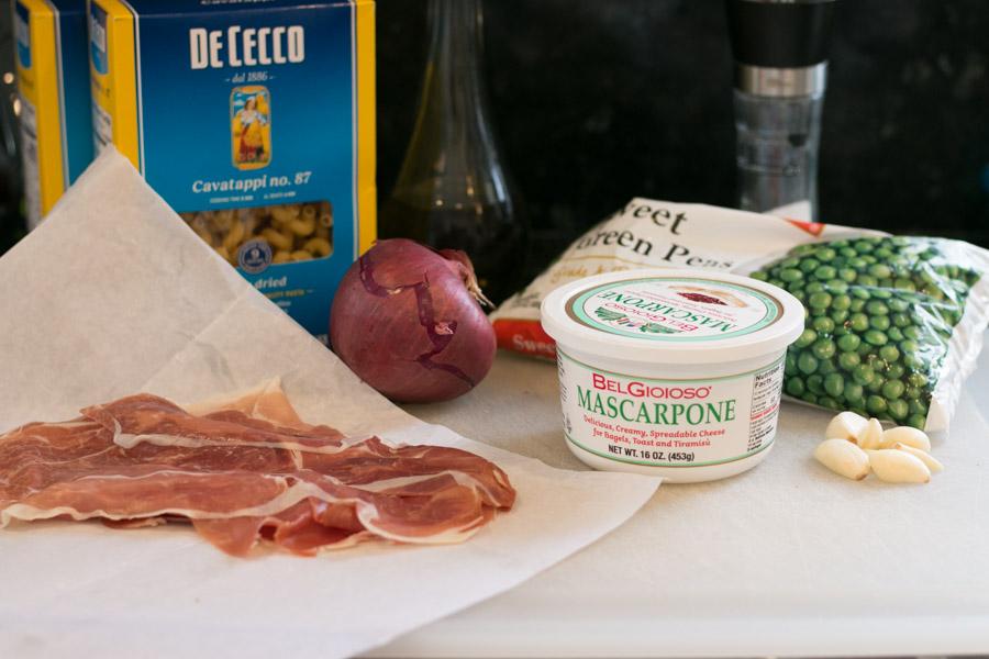 Pasta with Prosciutto, Peas and Mascarpone